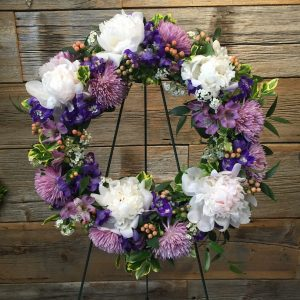 Small Cool Tone Sympathy Wreath 4665-02