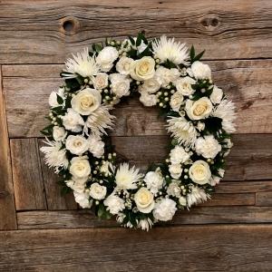 Classic White Sympathy Wreath – Small